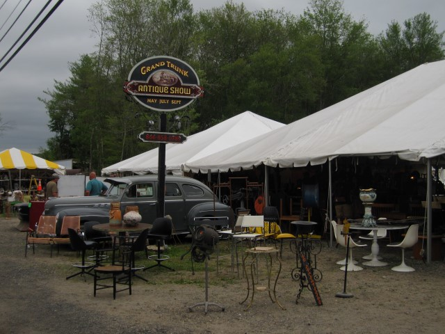 Brimfield Grand Trunk Antiques