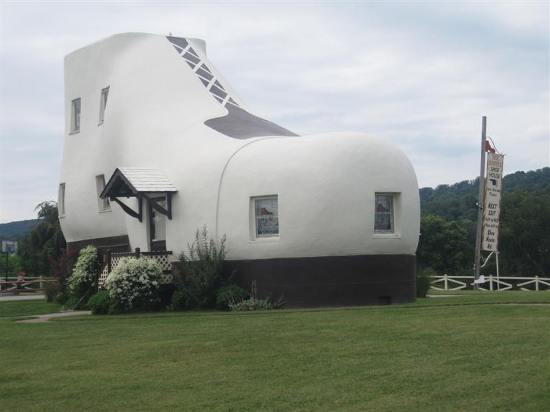 Biggest House In The World Pictures photo friday — world's largest shoe house, hellam, pa | go big or
