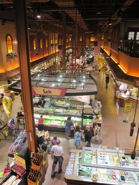 World 39 s largest wegmans and other great places to eat on for Food bar wegmans pittsford